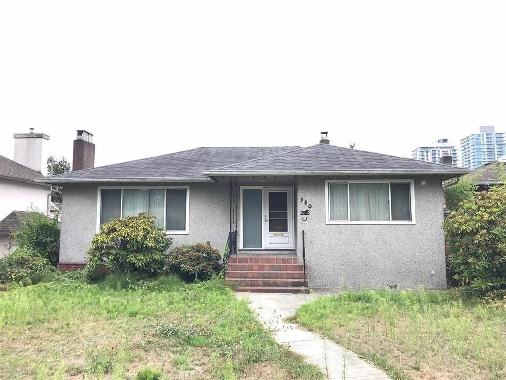Main Photo: 380 W 62ND Avenue in Vancouver: Marpole House for sale (Vancouver West)  : MLS®# R2570310