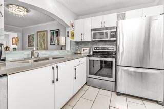 "Photo 15: 412 2439 WILSON Avenue in Port Coquitlam: Central Pt Coquitlam Condo for sale in ""AVEBURY POINT"" : MLS®# R2600398"