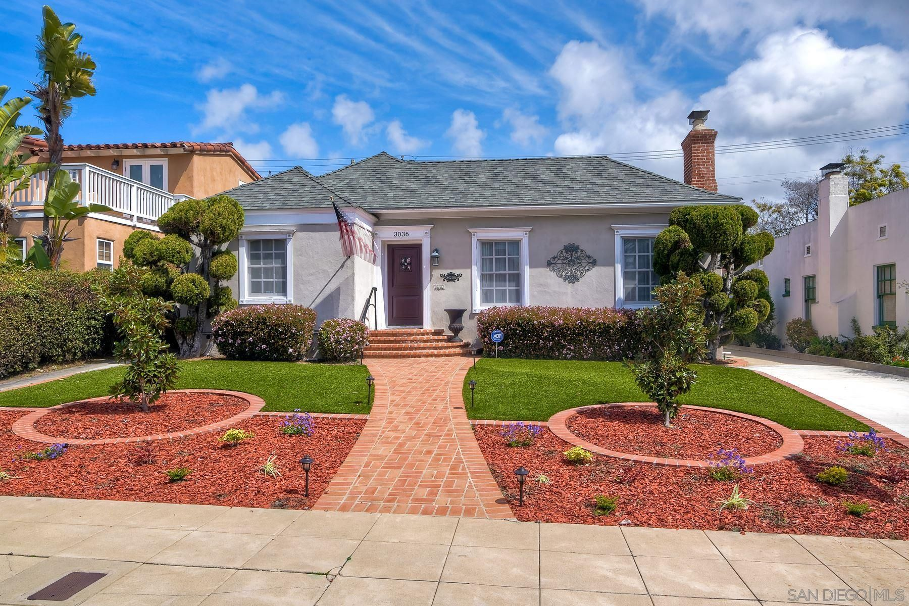Main Photo: House for sale : 3 bedrooms : 3036 Kingsley St in San Diego