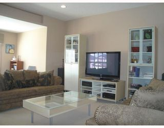 Photo 6: 177 HAWKMERE Close: Chestermere Residential Detached Single Family for sale : MLS®# C3343915