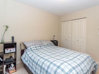 """Photo 15: 2410 3663 CROWLEY Drive in Vancouver: Collingwood VE Condo for sale in """"LATITUTDE"""" (Vancouver East)  : MLS®# R2140003"""