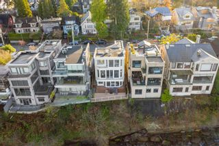 """Photo 3: 3341 POINT GREY Road in Vancouver: Kitsilano House for sale in """"Kitsilano"""" (Vancouver West)  : MLS®# R2617866"""