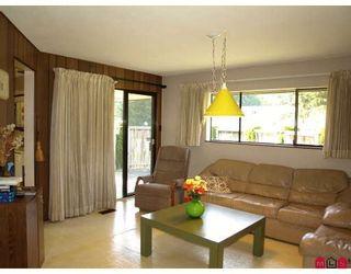 """Photo 6: 6618 SUNSHINE Drive in Delta: Sunshine Hills Woods House for sale in """"SUNSHINE HILLS"""" (N. Delta)  : MLS®# F2911319"""