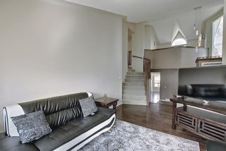 Photo 5: 117 Hawkford Court NW in Calgary: Hawkwood Detached for sale : MLS®# A1103676