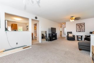 """Photo 7: 45640 NEWBY Drive in Chilliwack: Sardis West Vedder Rd House for sale in """"SARDIS"""" (Sardis)  : MLS®# R2481893"""