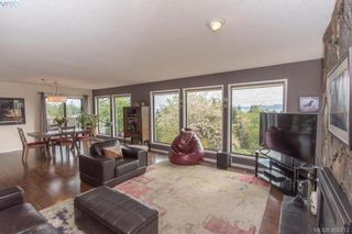 Photo 4: 4304 Houlihan Pl in VICTORIA: SE Gordon Head House for sale (Saanich East)  : MLS®# 812176