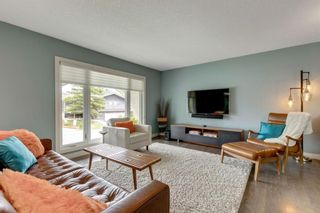 Photo 5: 463 Dalmeny Hill NW in Calgary: Dalhousie Detached for sale : MLS®# A1120566