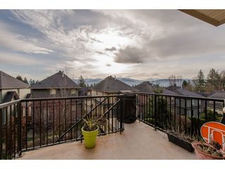 """Photo 11: 21 36169 LOWER SUMAS MOUNTAIN Road in Abbotsford: Abbotsford East House for sale in """"Junction Creek"""" : MLS®# R2249859"""