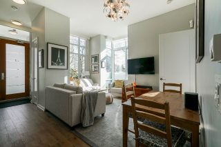 """Photo 3: 2 ATHLETES Way in Vancouver: False Creek Townhouse for sale in """"KAYAK-THE VILLAGE ON THE CREEK"""" (Vancouver West)  : MLS®# R2564490"""