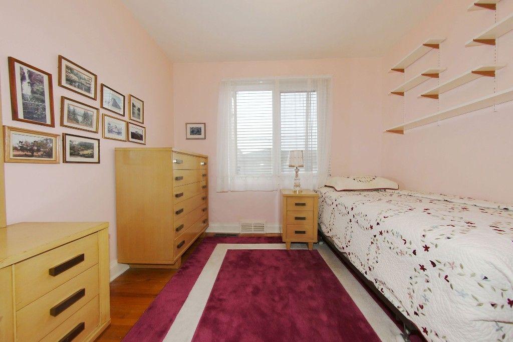 Photo 13: Photos: 899 Clifton Street in Winnipeg: West End Single Family Detached for sale (West Winnipeg)  : MLS®# 1529435