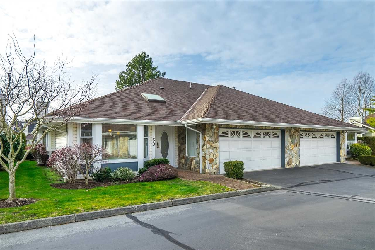"Main Photo: 50 21746 52 Avenue in Langley: Murrayville Townhouse for sale in ""Glenwood Village Estates"" : MLS®# R2545491"