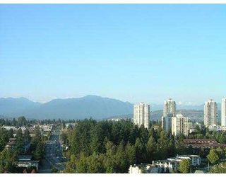 """Photo 3: 1805 6837 STATION HILL Drive in Burnaby: South Slope Condo for sale in """"THE CLARIDGES AT CITY IN THE PARK"""" (Burnaby South)  : MLS®# V703914"""