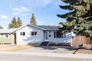 Photo 2: 242 Streb Crescent in Saskatoon: Parkridge SA Residential for sale : MLS®# SK851591