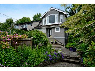 """Photo 1: 3287 W 22ND Avenue in Vancouver: Dunbar House for sale in """"N"""" (Vancouver West)  : MLS®# V1021396"""