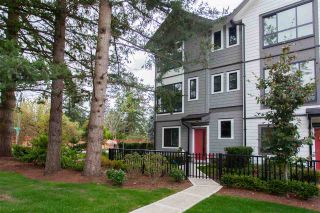 """Photo 2: 23 16760 25 Avenue in Surrey: Grandview Surrey Townhouse for sale in """"HUDSON"""" (South Surrey White Rock)  : MLS®# R2527363"""