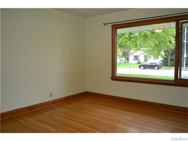 Photo 8: Photos: 1267 Corydon Avenue in WINNIPEG: Manitoba Other Residential for sale : MLS®# 1524458