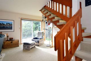 """Photo 6: 2958 KIDD Road in Surrey: Crescent Bch Ocean Pk. House for sale in """"Crescent Beach"""" (South Surrey White Rock)  : MLS®# R2039219"""