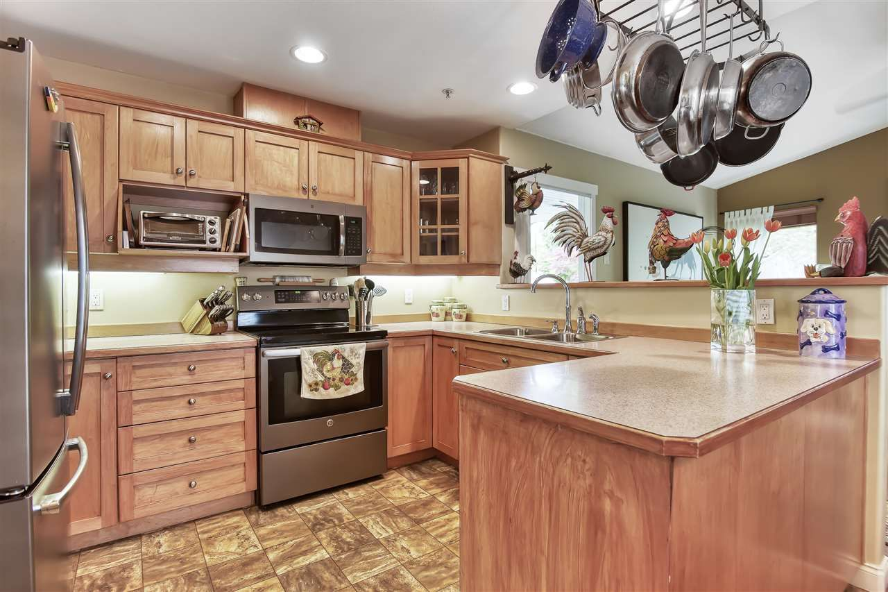 """Photo 12: Photos: 23839 133 Avenue in Maple Ridge: Silver Valley House for sale in """"SILVER VALLEY"""" : MLS®# R2431852"""