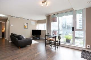 Photo 2: 801 918 COOPERAGE WAY in Vancouver: Yaletown Condo for sale (Vancouver West)  : MLS®# R2276404
