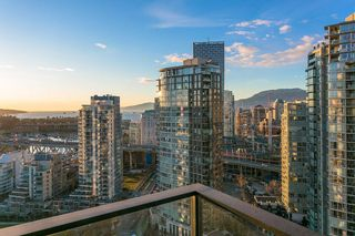 "Photo 17: 2906 455 BEACH Crescent in Vancouver: Yaletown Condo for sale in ""Park West"" (Vancouver West)  : MLS®# R2410734"