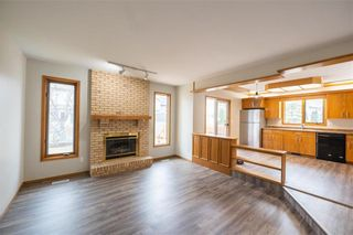 Photo 15: 86 Royal Park Crescent in Winnipeg: Southland Park Residential for sale (2K)  : MLS®# 202109062