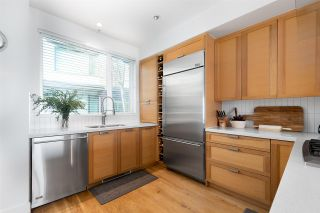 "Photo 3: 21 230 SALTER Street in New Westminster: Queensborough Townhouse for sale in ""FLOW"" : MLS®# R2529963"