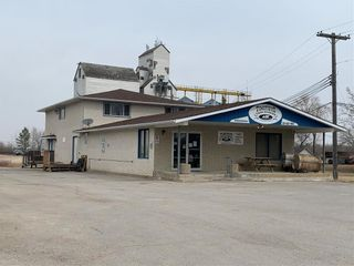 Main Photo: 27033 PTH 15 RD 60N Highway in Dugald: Industrial / Commercial / Investment for sale (R04)  : MLS®# 202107949