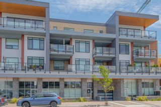 Photo 1: 302 9775 Fourth St in : Si Sidney South-East Condo for sale (Sidney)  : MLS®# 877913