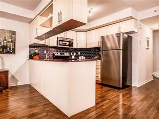 Photo 8: 42 3 Florence Wyle Lane in Toronto: South Riverdale Condo for sale (Toronto E01)  : MLS®# E3125550
