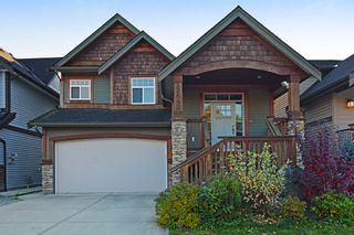 Photo 1: 32642 TUNBRIDGE Avenue in Mission: Mission BC House for sale : MLS®# R2222139