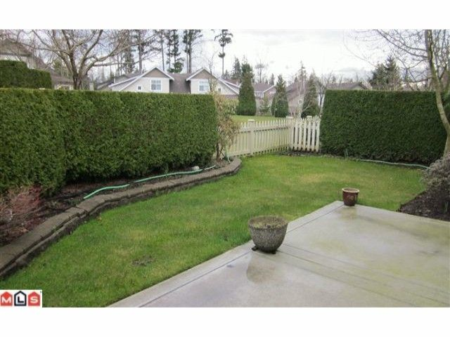 """Photo 6: Photos: 72 14877 33RD Avenue in Surrey: King George Corridor Townhouse for sale in """"SANDHURST"""" (South Surrey White Rock)  : MLS®# F1107938"""