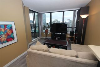 Photo 3: 2223 938 SMITHE Street in Vancouver: Downtown VW Condo for sale (Vancouver West)  : MLS®# R2558318