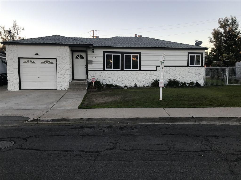 Main Photo: LA MESA House for sale : 2 bedrooms : 9370 DE CAMP DR