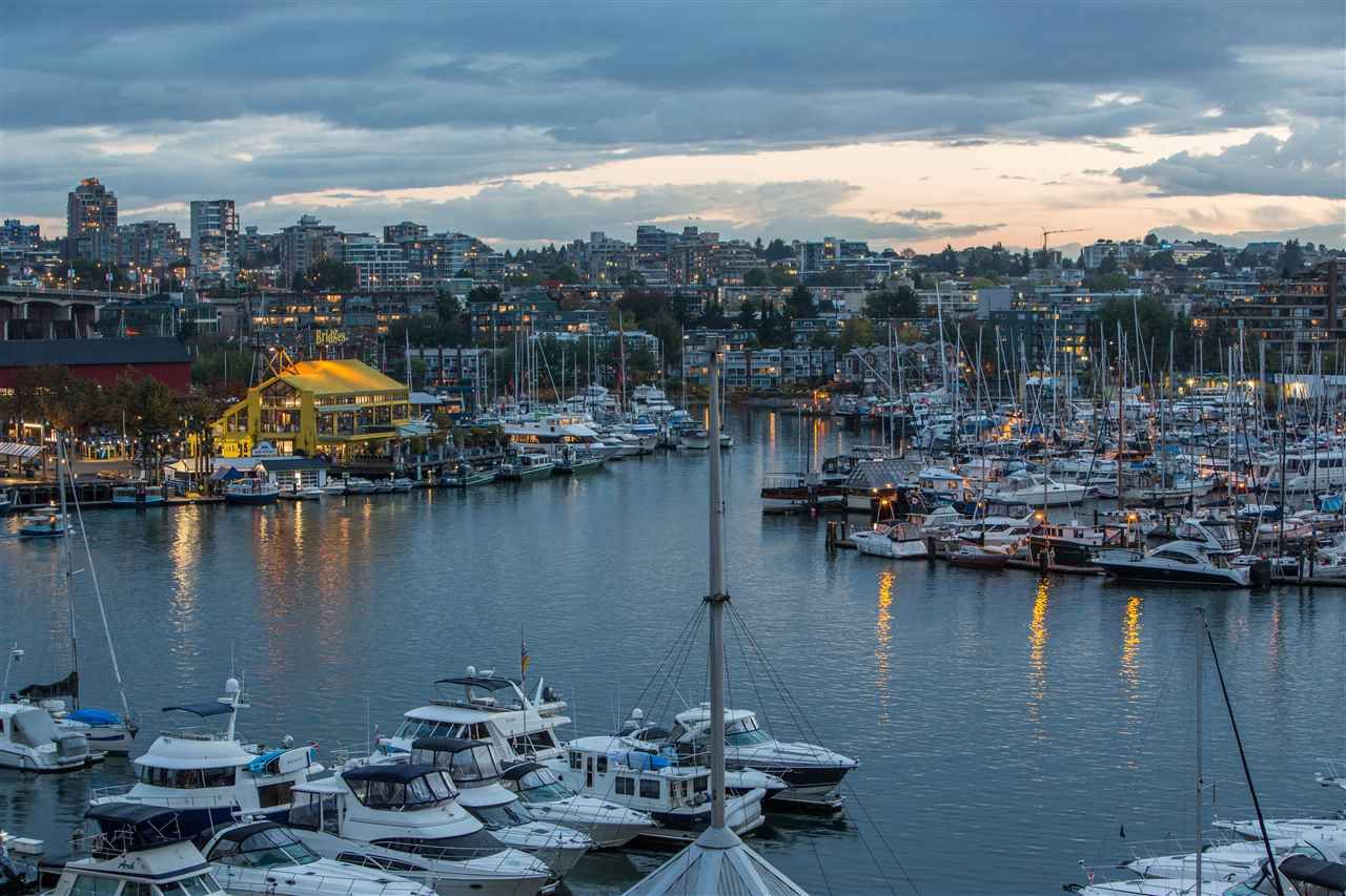 Main Photo: 506 1008 BEACH AVENUE in Vancouver: Yaletown Condo for sale (Vancouver West)  : MLS®# R2306012