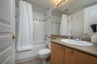 """Photo 13: 505 108 E 14TH Street in North Vancouver: Central Lonsdale Condo for sale in """"The Piermont"""" : MLS®# R2558448"""