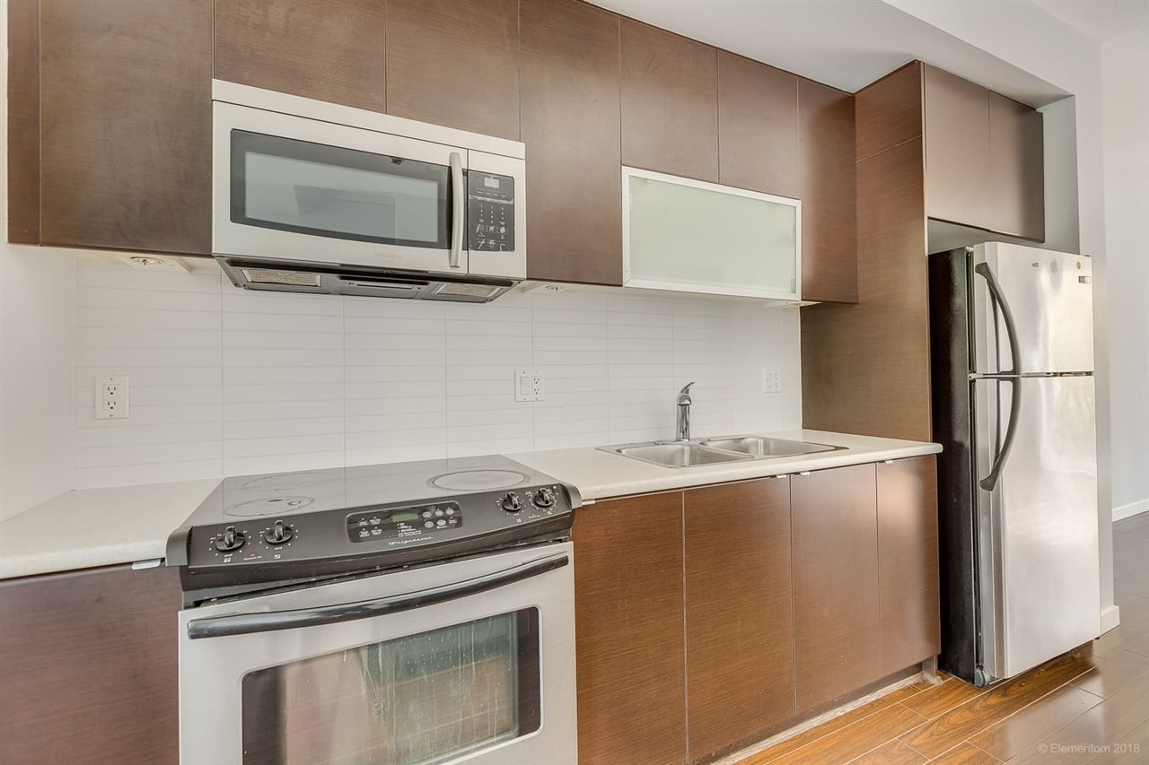 """Photo 9: Photos: 39 101 FRASER Street in Port Moody: Port Moody Centre Townhouse for sale in """"CORBEAU"""" : MLS®# R2410507"""