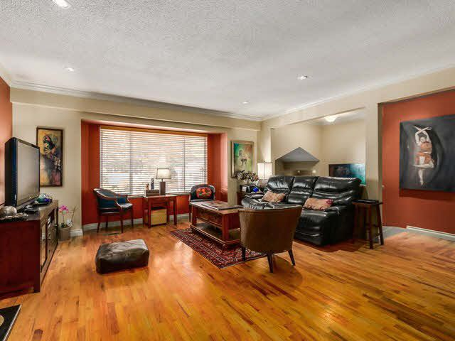 Photo 7: Photos: 267 CHESTER COURT in Coquitlam: Central Coquitlam House for sale : MLS®# 1141644