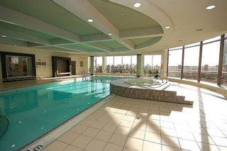 Photo 11: 16 3880 Duke Of York Boulevard in Mississauga: City Centre Condo for sale : MLS®# W2811487