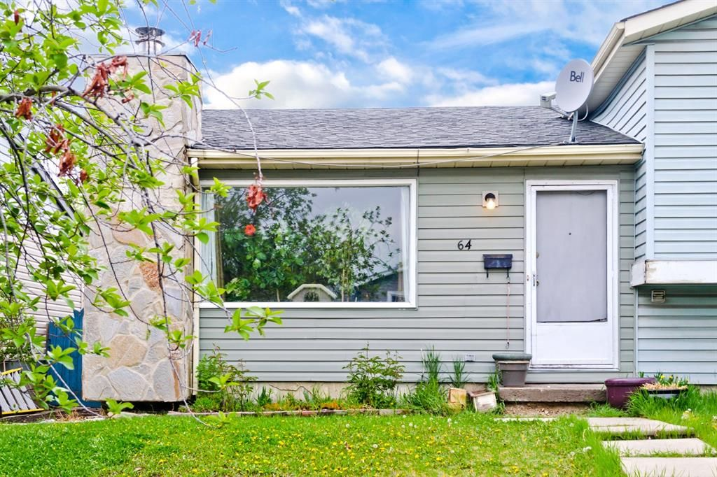 Main Photo: 64 Falsby Court NE in Calgary: Falconridge Semi Detached for sale : MLS®# A1113178