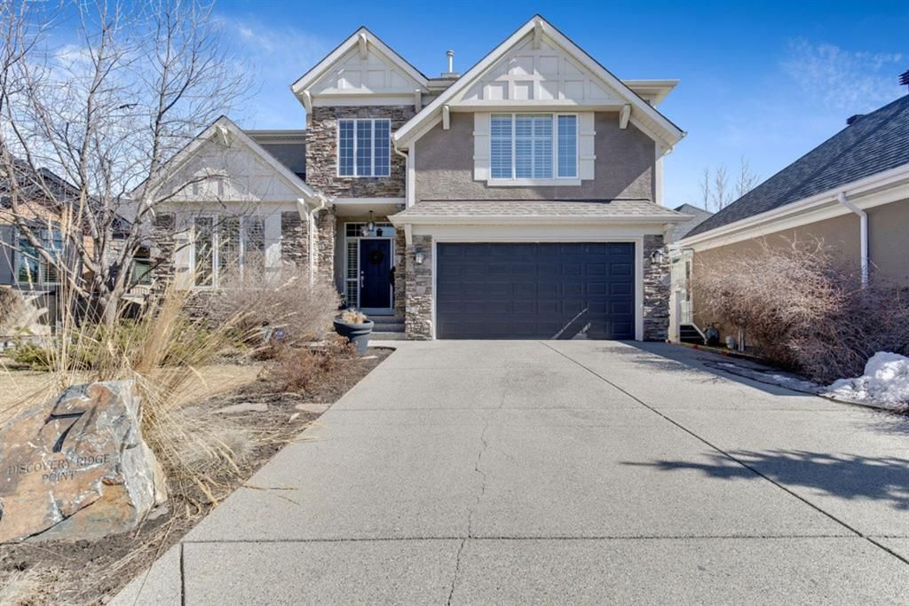 Main Photo: 7 Discovery Ridge Point SW in Calgary: Discovery Ridge Detached for sale : MLS®# A1093563