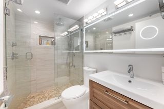 """Photo 10: 1606 1288 ALBERNI Street in Vancouver: West End VW Condo for sale in """"THE PALISADES"""" (Vancouver West)  : MLS®# R2523792"""