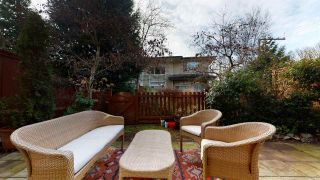 """Photo 12: 37 40632 GOVERNMENT Road in Squamish: Brackendale Townhouse for sale in """"Riverswalk"""" : MLS®# R2546041"""