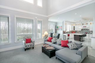 """Photo 2: 15562 76A Avenue in Surrey: Fleetwood Tynehead House for sale in """"FLEETWOOD"""" : MLS®# R2141867"""
