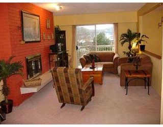 Photo 3: 2415 ST GEORGE ST in Port Moody: Port Moody Centre 1/2 Duplex for sale : MLS®# V573182