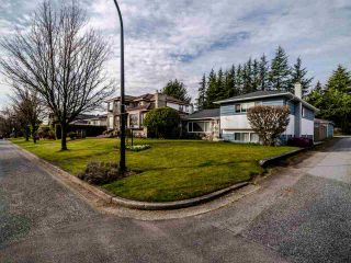 Photo 2: 6637 ASH Street in Vancouver: South Cambie House for sale (Vancouver West)  : MLS®# R2552510
