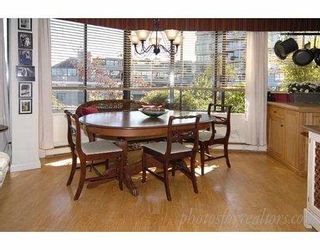 Photo 3: 311 674 LEG IN BOOT Square in Vancouver: False Creek Townhouse for sale (Vancouver West)  : MLS®# V668045