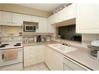 """Photo 6: 206 4893 CLARENDON Street in Vancouver: Collingwood VE Condo for sale in """"CLARENDON PLACE"""" (Vancouver East)  : MLS®# V864055"""