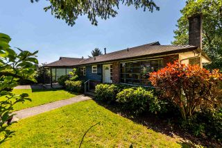 Photo 1: 5408 MONARCH STREET in Burnaby: Deer Lake Place House for sale (Burnaby South)  : MLS®# R2171012