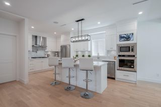 Main Photo: 116 W WINDSOR Road in North Vancouver: Upper Lonsdale House for sale : MLS®# R2609278