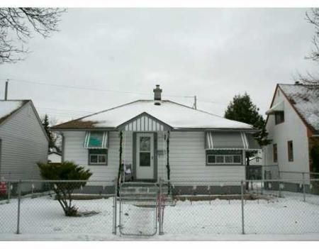 Main Photo: 407 TINNISWOOD ST: Residential for sale (North End)  : MLS®# 2822147